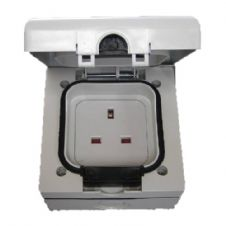Exterior 13 amp Single Socket Outlet IP66 Weather Storm Resistant